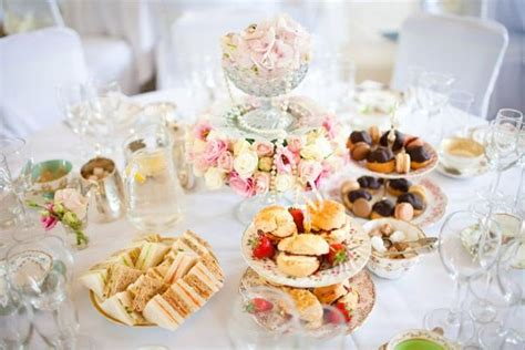 Alternative Wedding Meal Ideas Wedding Guest List Suggestions Japanese Knot The Questions How To Create In Excel Blog Rose Leslie Brooks Laich Invitations