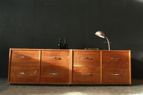 industrieel vintage ruige lage ladekast schoolkast jaren