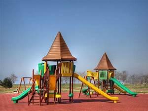 Playground - Wikipedia