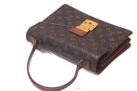 louis vuitton vintage monogram concorde handbag  thelouiegirl   images vintage