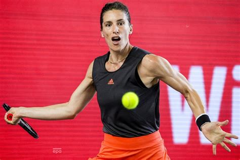 Game adjudecat de buzarnescu la 15. Tennis Photo Gallery WTA Opening-Day Winners • Collins, Garcia, Ostapenko, Venus and More ...