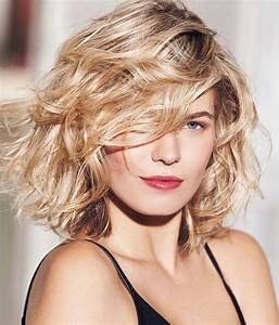 Coupe De Cheveux Tete Ronde : 235 best images about cheveux mi longs on pinterest canon coiffures and coupe ~ Melissatoandfro.com Idées de Décoration