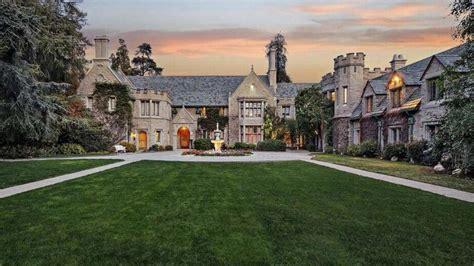 Hugh Hefner's Famous Playboy Mansion Sold For This ...
