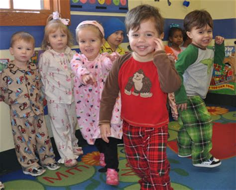 irenic thoughts pajama day at the preschool 428 | pajamaday 3