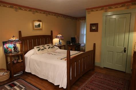 images  arts crafts bedrooms  pinterest