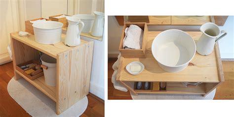 comment faire un bain de si e comment créer un espace salle de bain montessori pour