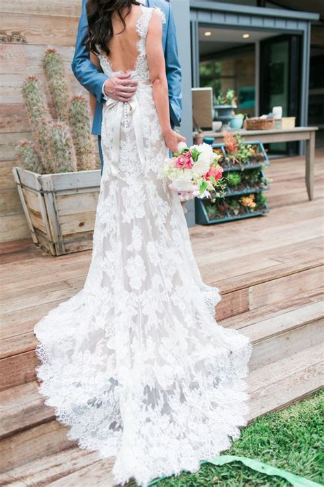 picture   lace wedding dress   sleeves  open