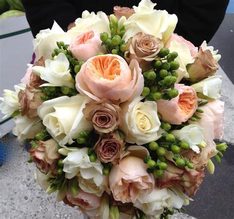 brides bouquet peach david austin roses  amnesia