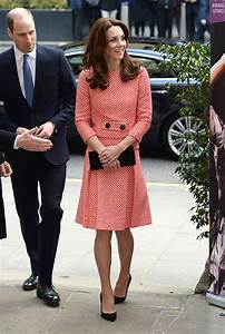 Kate Middleton and Prince William receive warm welcome on ...