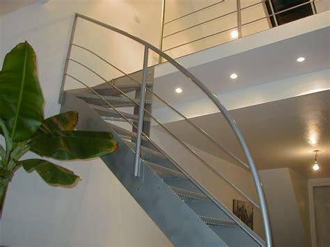 Escalier Quart Tournant Haut Escaliers Tournants Tous Les Fournisseurs Escalier Tournant Bois Escalier Tournant Acier