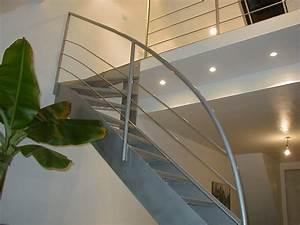 Escalier Quart Tournant Haut Droit : escaliers tournants tous les fournisseurs escalier ~ Dailycaller-alerts.com Idées de Décoration