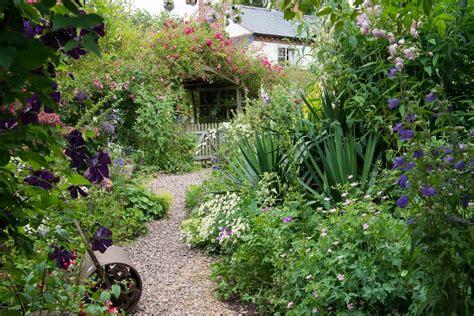 how to create a cottage garden border an english cottage garden landscape magazine