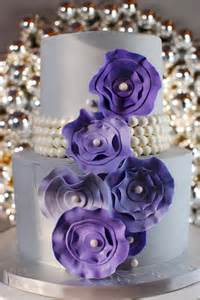 Flower and Pearl Cake Ribbon