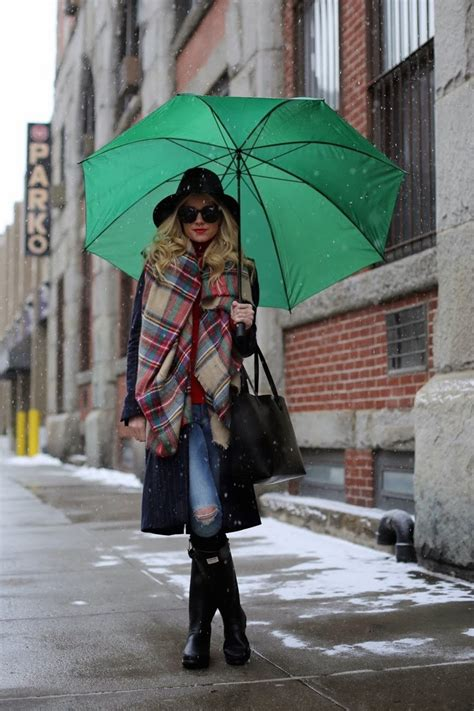 These 12 Rainy-Day Outfit Ideas Prove That Style Is 100% Waterproof   Glamour