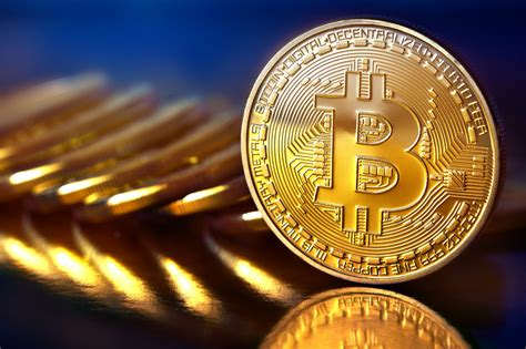 If you're still wondering whether or not to invest in bitcoin in 2021 & how much you should invest, check this guide to find out & get yourself started smoothly! Bitcoin (BTC) November 23, 2020 - When the dollar covers Bitcoin! - Cryptocurrencies - Personal ...