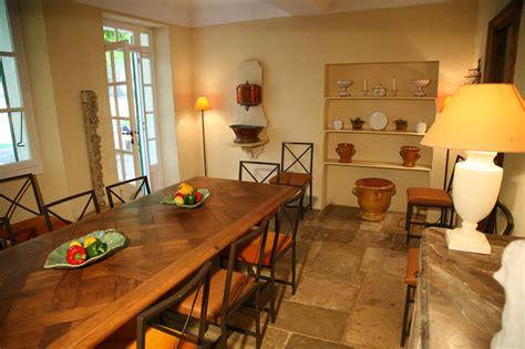 la salle a manger salon de provence salle 224 manger location en provence avec piscine pr 232 s st tropez villa cote d azur