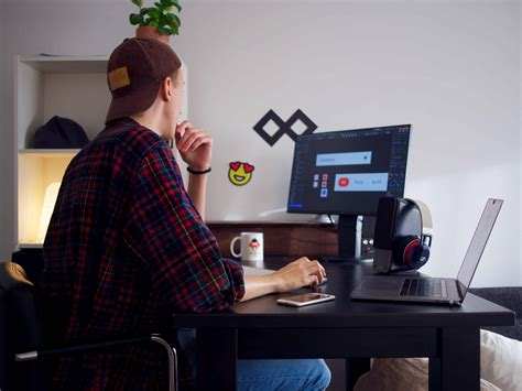 Home Based Web Design Work by Working Remotely Offers Opportunities You Might Never