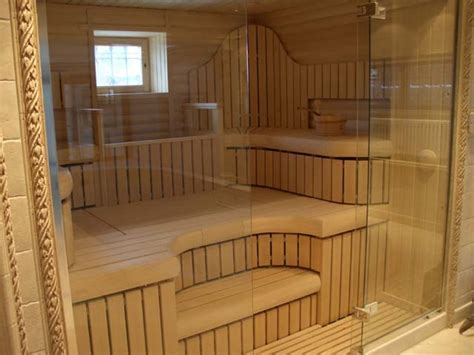 Choice of glass doors for sauna