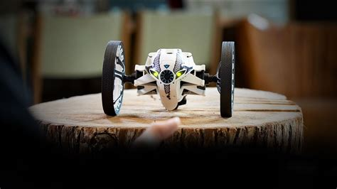 parrot minidrone  jumping sumo overview drns ces  coverage youtube