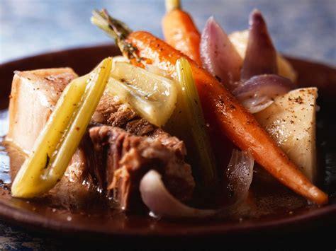 pot au feu de cochon facile et pas cher recette sur cuisine actuelle