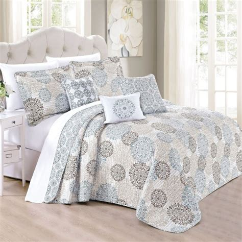 Summer Coverlet by Best Summer Bedspreads For A Cool S Rest Overstock