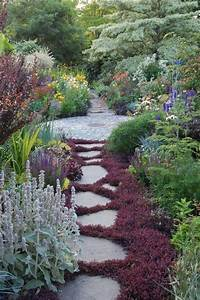 revetement jardin latest revetement allee de jardin With amazing decoration allee de jardin 5 terrasse et sol exterieur jardin leroy merlin