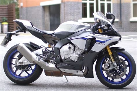 Review Yamaha R1m by Review Yamaha R1m Visordown