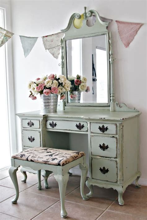 shabby chic vanity 25 best ideas about shabby chic vanity on pinterest vintage vanity pink vanity and little