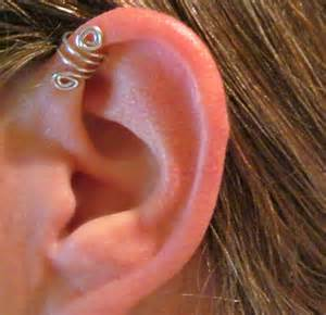 diamond cartilage piercing best 25 pierced earrings ideas on
