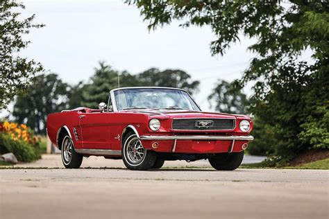 wallpapers ford mustang  cabriolet red retro automobile