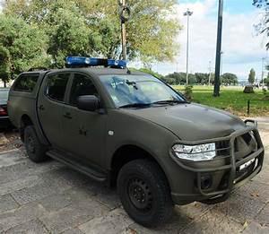 Ford Everest Armee : photo de vehicule militaire page 28 auto titre ~ Medecine-chirurgie-esthetiques.com Avis de Voitures