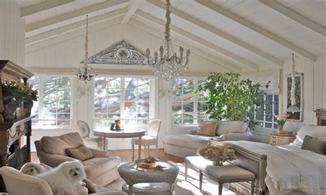 Decorating Ideas Vaulted Ceilings by Vaulted Ceiling Decorating Living Room