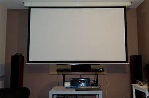 Videoprojecteur Salon : videoprojecteur delphes home ~ Dode.kayakingforconservation.com Idées de Décoration