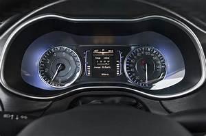 Ford Fusion Vs Chrysler 200