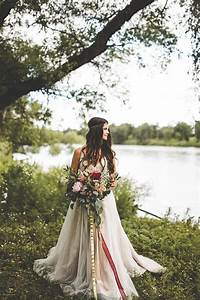 This Wedding Inspiration Proves That Gold Blush And Red