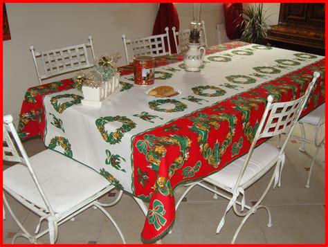 tables de cuisine rondes tables de cuisine rondes 7 nappe anti taches 173492 jpg