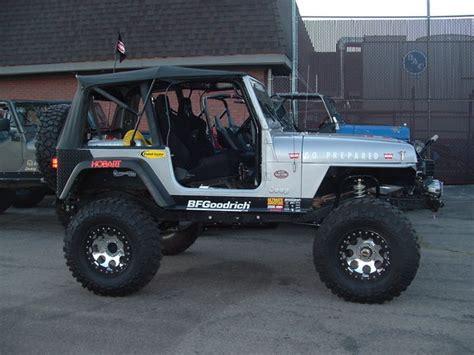 dbldoskbanuelos  jeep wrangler specs