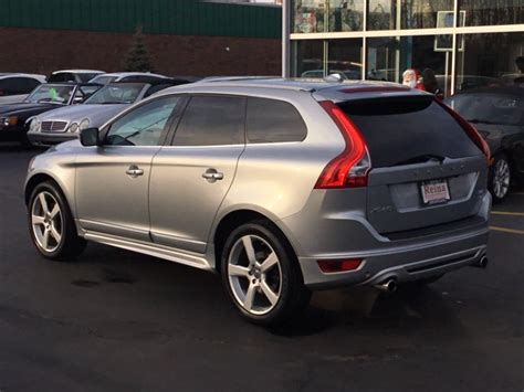 volvo xc   design platinum stock   sale