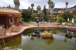 quotcafe mit teichquot quinta splendida wellness botanical With katzennetz balkon mit algarve gardens bewertung