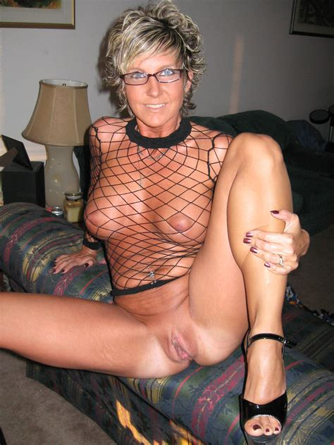 0006 6 In Gallery Horny Brown Tanned Milf Flashing