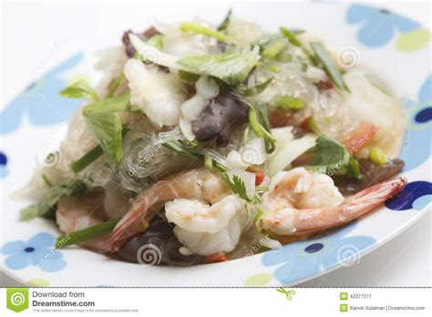 sen cuisine yum woon sen with shrimp stock photo image 42377371