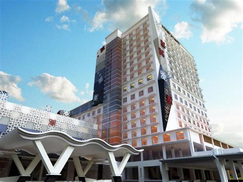 Best Price On Four Points By Sheraton Makassar In Makassar