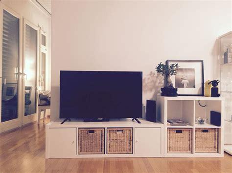 kallax tv regal 25 best ideas about ikea kallax hack auf kallax regaleinheit