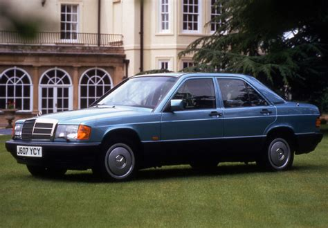 Mercedes-Benz 190 E UK-spec (W201) 1988–93 photos (800x600)