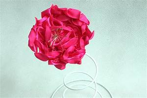How to Make Satin Ribbon Flowers: 6 Steps (with Pictures)