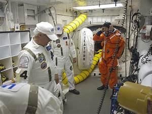 NASA - Boarding Endeavour