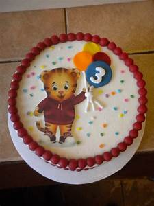 Daniel Tiger Cake - CakeCentral com