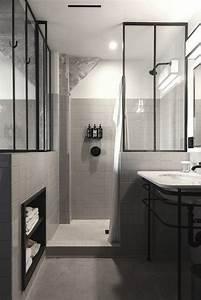 la verriere atelier dans la salle de bains 26 idees With porte de douche coulissante avec meuble de salle de bain style romantique