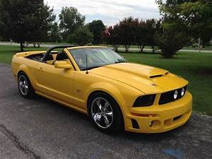 5th gen yellow 2005 Ford Mustang GT convertible For Sale - MustangCarPlace