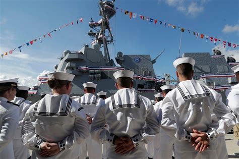 Navy Is Overhauling Education System as US Advantages Erode